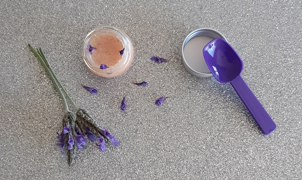 How to make a Gentle Foot Scrub